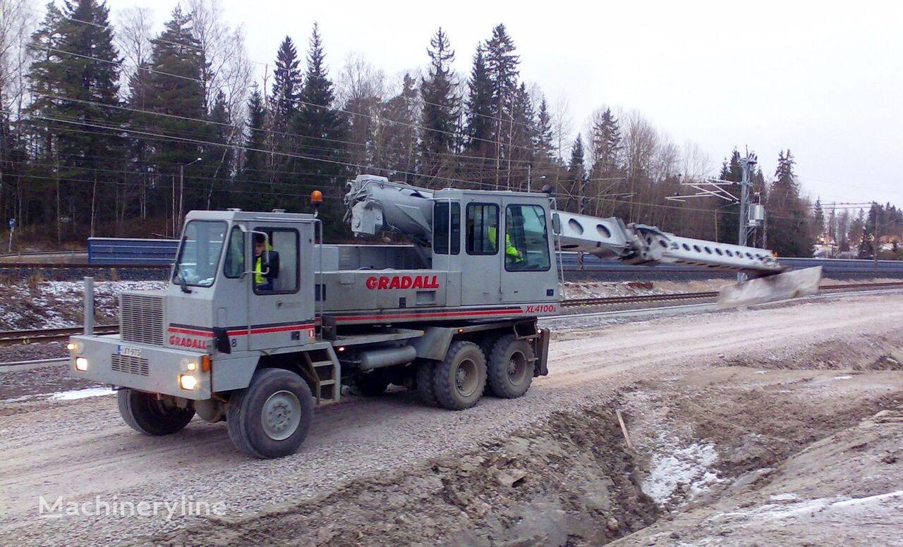 экскаватор-планировщик GRADALL XL4100