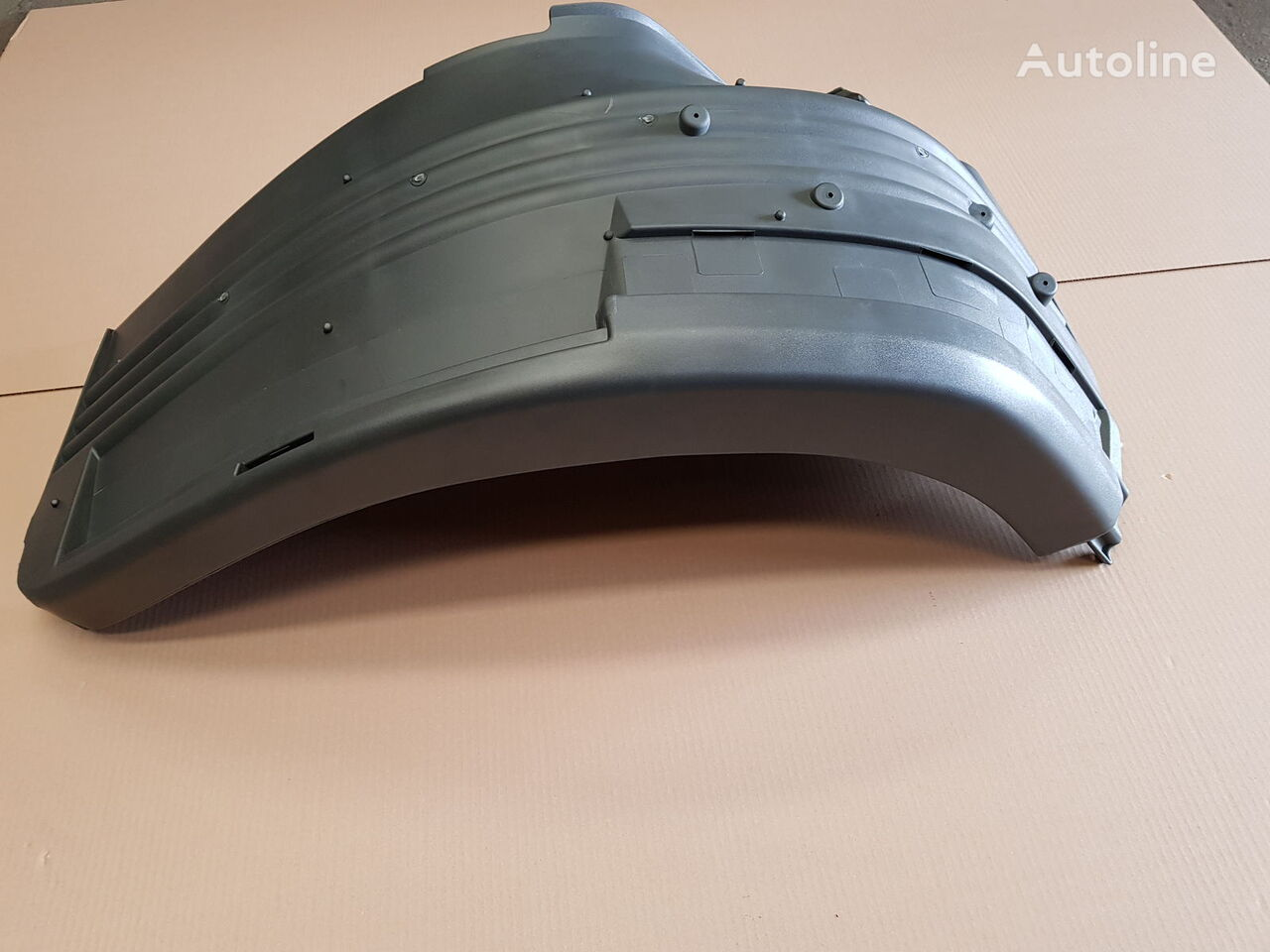 новое крыло для тягача SCANIA R